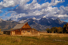 rick-mayo-mormon-barn-tetons-12-hm-pid.j