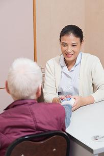 老人院, 護老院, 安老院, 善頤, senior care, elderly home, elderly, 長者, 照顧, 護士, 保健員, 血壓