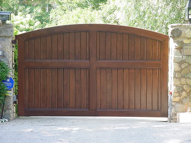 Wood sliding gate