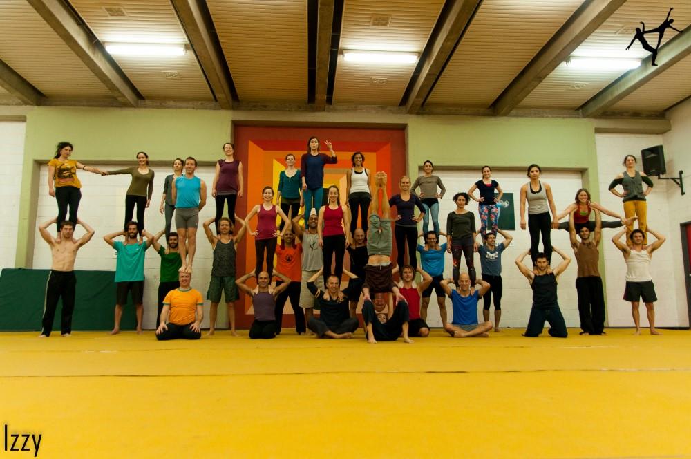 120WinterFlight- 2014 - סדנת אקרובאלנס מתקדמים חלק 2