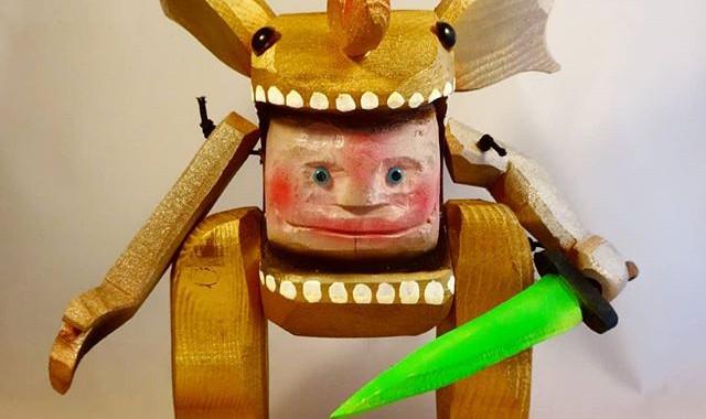 Kaiju Kiddo Golden warrior._12 inch._Woo
