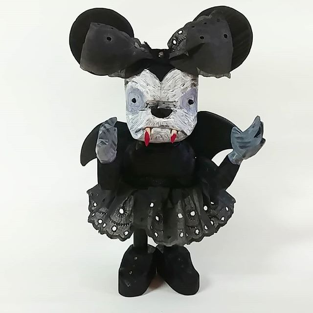 Minnie mouse vampire.Disney is dead
