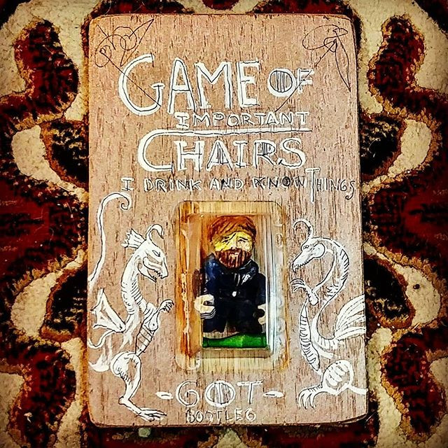 GAME OF IMPORTANT CHAIRS.The Scarface