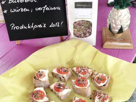 Die Butterbrotblüten in der Schloss Fasanerie Fulda