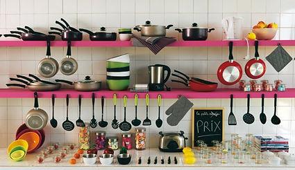 articles cuisine, petit apparel menager, chaudron, vaisselle