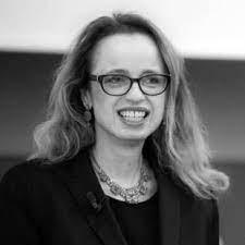 Dr. Ariane Sabet