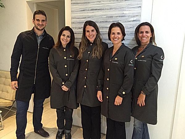dentistas de alto padrão em sp. que fazem invisalign estética, cirurgia e implantes, pediatra, fonoaudiologa, e ortodontia.
