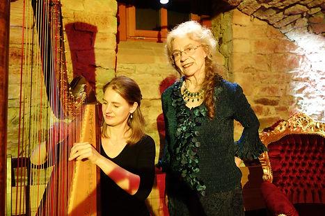 Konzertharfenistin Sonja Fiedler - Märchen und Harfe
