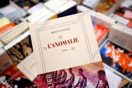 """Prix Goncourt : """"L'Anomalie"""" de Hervé Le Tellier vers un succès historique..."""