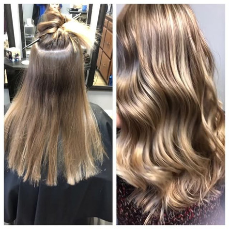 Subtle baby lights are just what she needed to freshen up her grown out color and start off the new year! Here's to 2️⃣0️⃣1️⃣8️⃣ 🎉 🎈 🎊 _To b