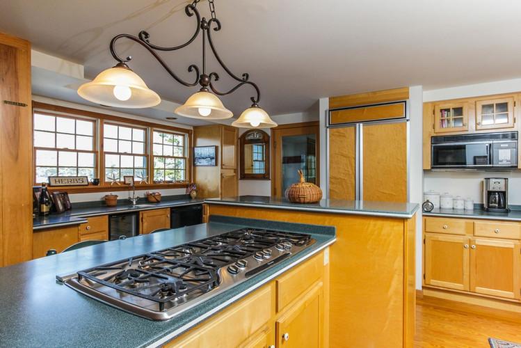 Kitchen Hillside 1