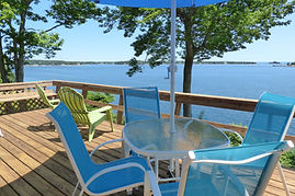 Driftwood Cottage Oceanfront Deck