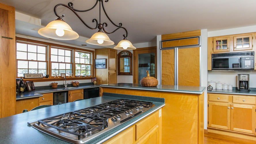 Chef's Kitchen Rosewater Hillside