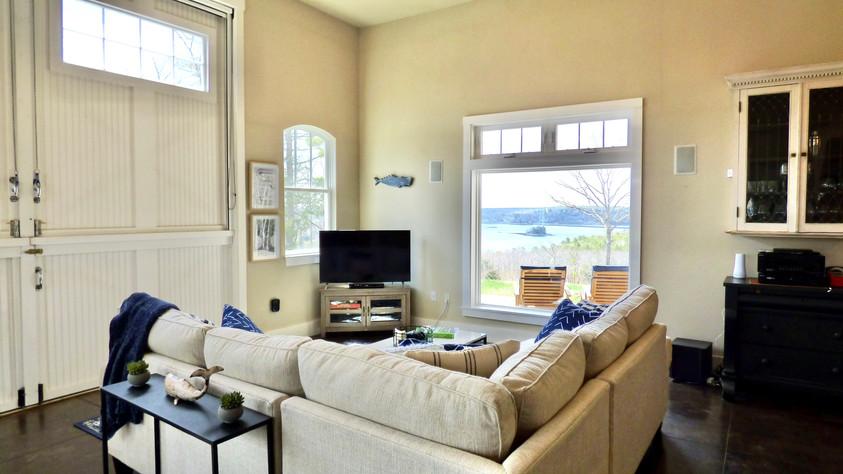 Grand Vista Living Room - View