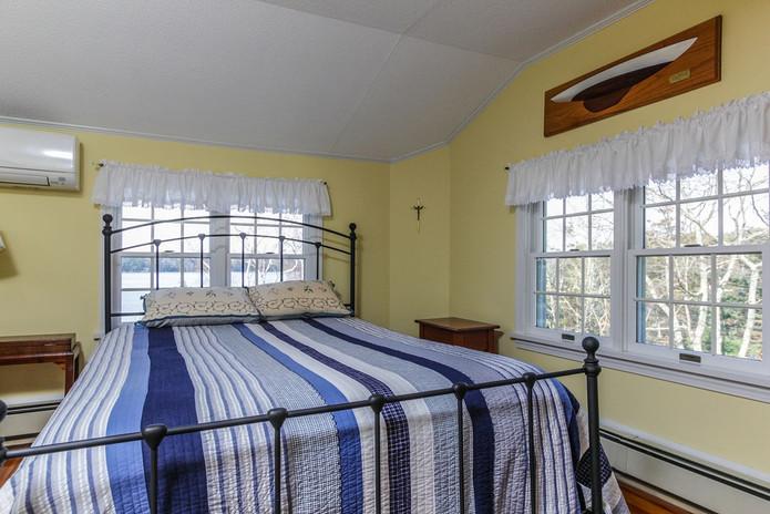 Bedroom 3 Hillside