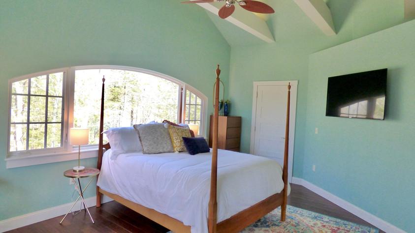 Grand Vista - Upstairs Main Bedroom