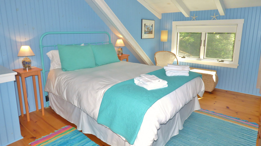Seaglass Cottage Master Bedroom