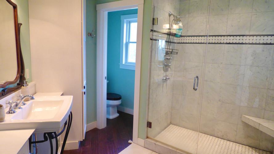 Grand Vista - Upstairs MAster Bathroom