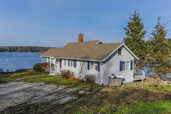Rosewater Seaside - Bayfront Cottage