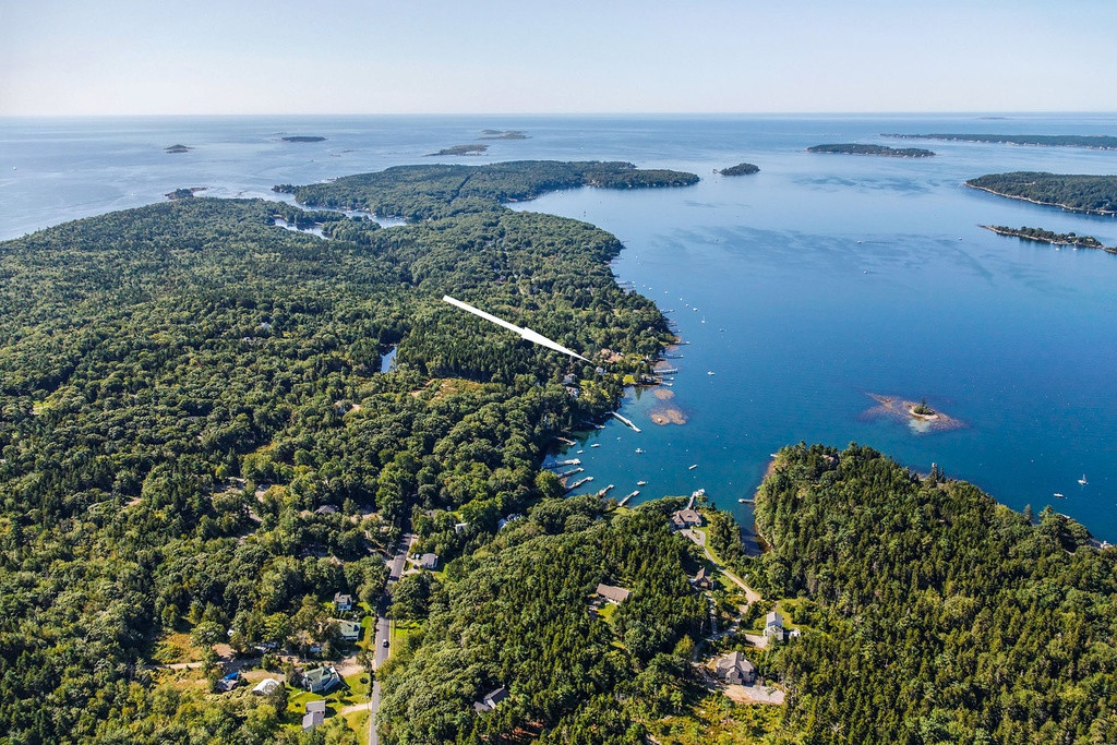 Oceanfront Location East Boothbay