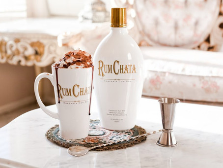 Toast to the Holidays! Fun Holiday Drinks for the Entire family!