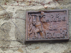 Panneau de rue en bois