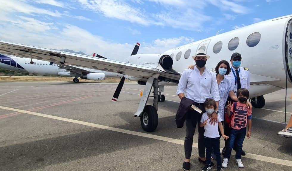 familia-avion-privado