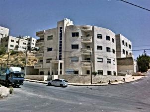شقة للبيع بسعر مغري في عمان ام نوارة 115 متر مربع من المالك