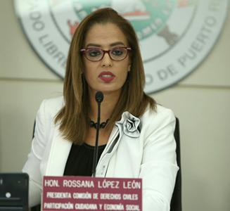 Senadora Rossana López hace reclamo al gobierno y a la Junta sobre divulgación de modelos económicos