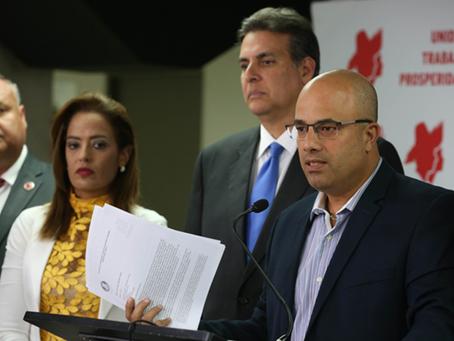 Ferrer cataloga de inmoral el salario de la Directora Ejecutiva de la Junta de Supervisión Fiscal