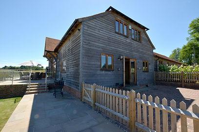 Beautiful Eco Barn in rural Kent