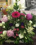 Centro peonia rosada y flor.JPG