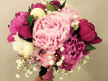 ramo de novia peonias rosa fucsia 2.JPEG