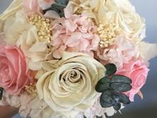 ramo liofilizado rosas y hortensias.JPG
