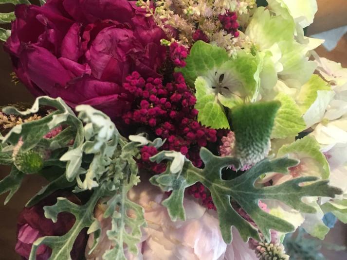 ramo de novia hortensia y peonia.JPG