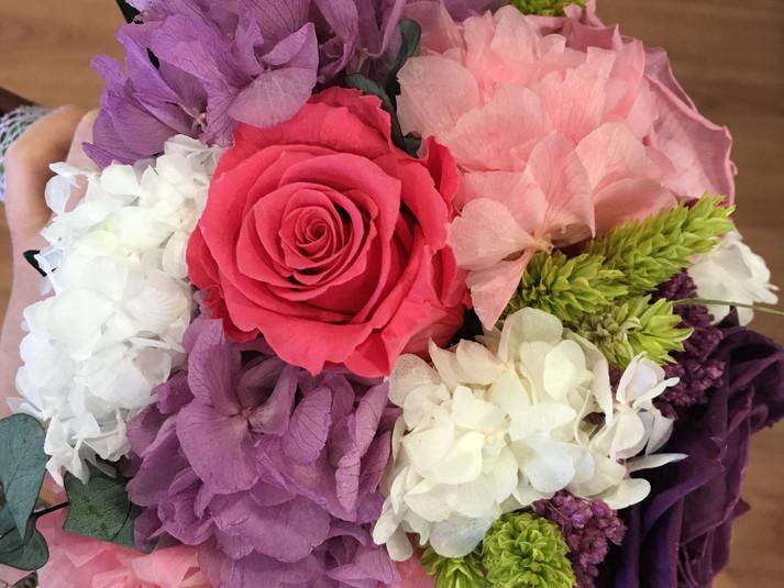 ramo de novia liofilizado rosas y horten