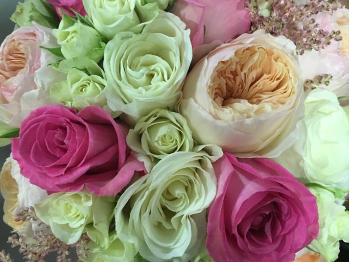 ramo de novia rosa y rosa inglesa.JPG