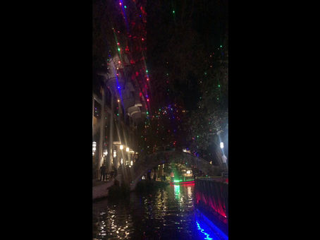 The Buzz on the Holiday Lights at the River Walk!