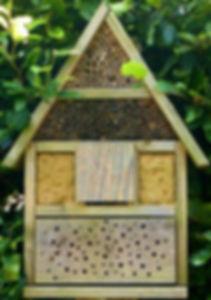 Nisthilfen_Insektenhotel_umgestaltet.jpg