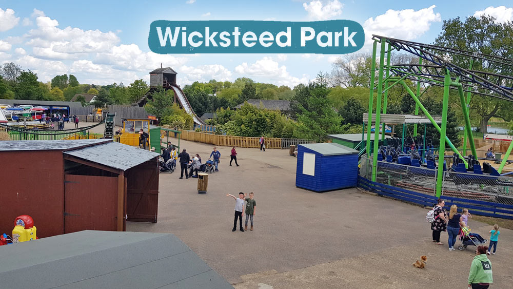 Daddy & Dad at Wicksteed Park - the UK's oldest theme park, based in Kettering, Northants