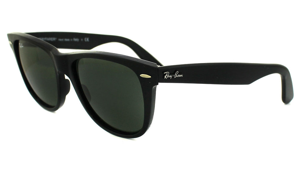 Ray-Ban Wayfarer Sunglasses Black
