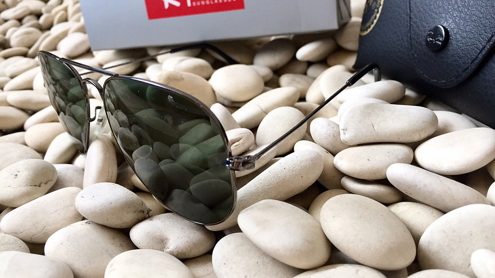 ay Ban RB Black Frame Green Aviator