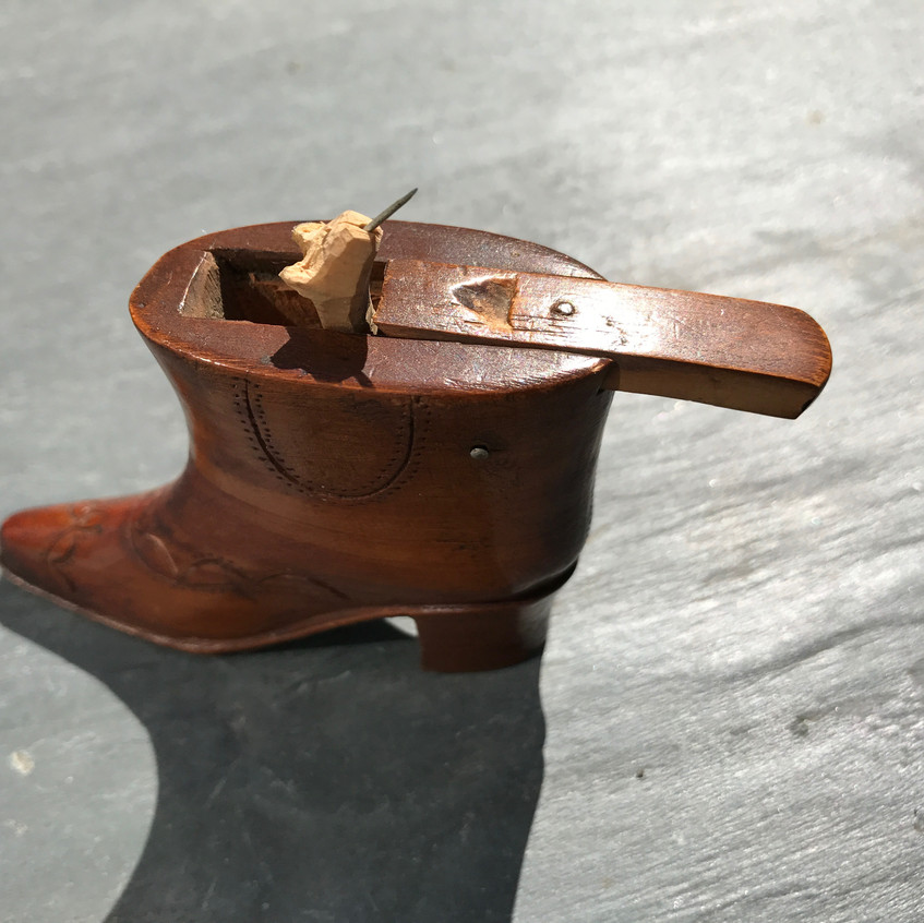 Antique trick snuff boot