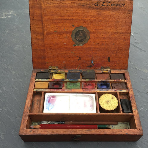 An Antique Artists Box