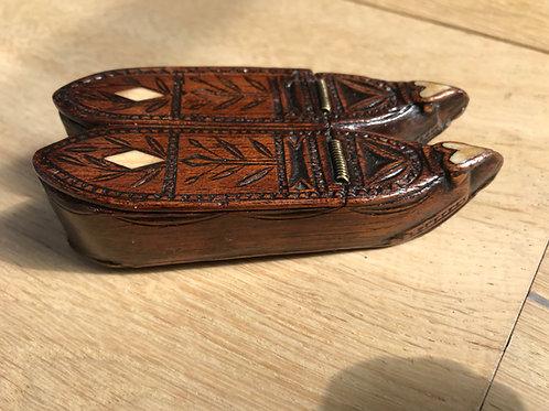 Antique Prisoner of War Snuff Box - Double Shoe