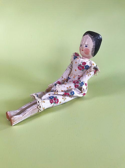Antique Treen Grodnertal Doll