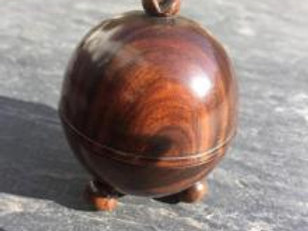 A 19th century antique lignum vitae string box