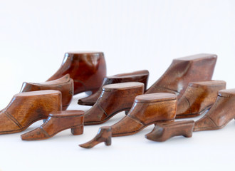 A Collection of Antique Treen Snuff Shoe Boxes
