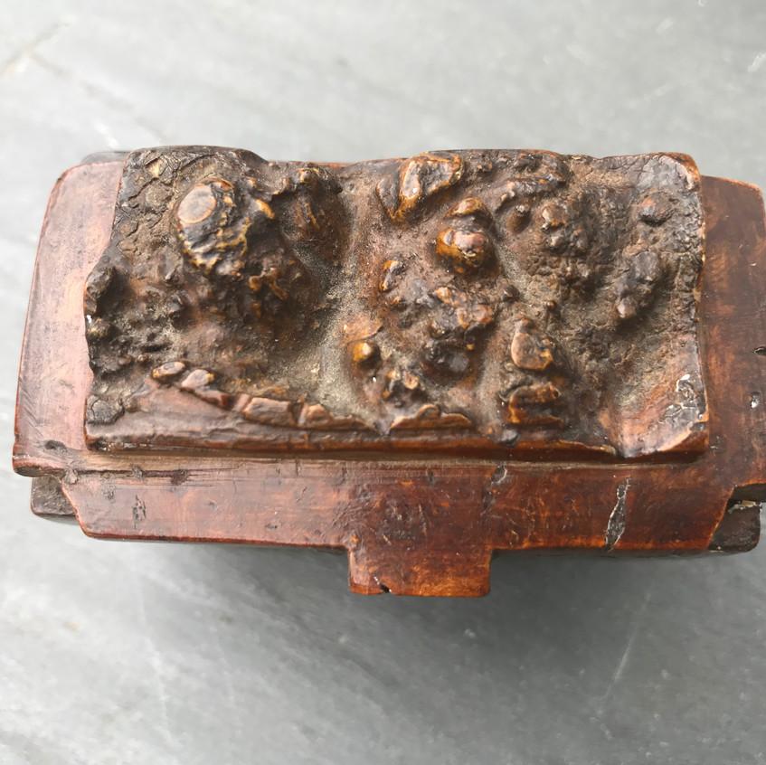 Antique snuff box - burr maple