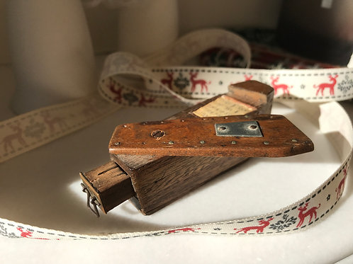 Antique Novelty Coffin Puzzle  Snuff Box - with motto & Drawer